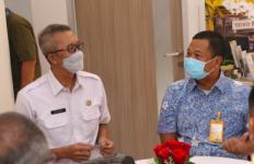 Kemenkes Beri Vaksin COvid-19 untuk Pensiunan TNI-Polri Nasabah Bank Mandiri Taspen - JPNN.com