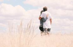 Ingin Suami Tidak Melirik Wanita Lain, Lakukan 5 Hal Khusus Ini - JPNN.com