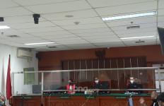Mantan Suami Nindy Ayunda Dituntut 1 Tahun Penjara - JPNN.com