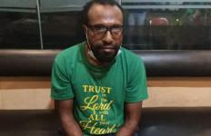 Victor Yeimo, Aktor Kerusuhan di Jayapura, Kabur ke Papua Nugini - JPNN.com