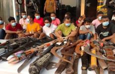 Pria Berbahaya dari Kampung Ambon ini Sedang Diburu Polisi, Nama sudah Dikantongi - JPNN.com