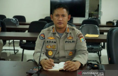 Usai Bagikan Sembako, Rombongan Kapolres Maybrat Ditembak - JPNN.com