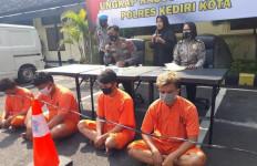 Penagih Utang yang Terlibat Kasus Pengeroyokan Ditangkap, Tuh Lihat - JPNN.com