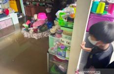 Lebaran Hari Pertama, Kota Sampit Dikepung Banjir - JPNN.com