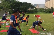Semen Padang Ikat Kontrak Tri Karena 2 Alasan - JPNN.com