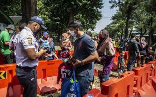Puluhan Ribu Pengunjung Sergap Ragunan, Pintu Masuk Mengular, Begini Penjelasan Pengelola
