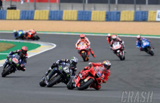 6 Pembalap jadi Korban Kekacauan di MotoGP Prancis - JPNN.com