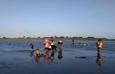 Pantai Glagah Dikunjungi 23.455 Orang, Konon Sudah Diingatkan Menaati Prokes - JPNN.com