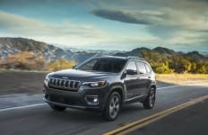Bermasalah di Selang Pendingin Oli, Jeep Cherokee 2021 Ditarik dari Peredaran - JPNN.com