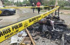 Polisi Tetapkan 10 Tersangka Pembakaran Polsek Candipuro - JPNN.com
