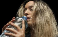 7 Manfaat Rutin Minum Air Hangat Setiap Pagi, Salah Satunya Bisa Menghindari Gangguan Berbahaya Ini - JPNN.com