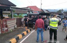 Dua Pejalan Kaki Tewas Mengenaskan Ditabrak Angkutan Pedesaan - JPNN.com