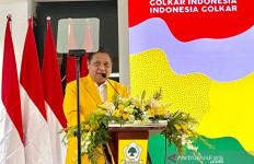 Berita Duka, Wagub Papua Klemen Tinal Meninggal Dunia, Airlangga Berbelasungkawa - JPNN.com