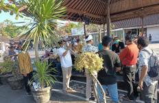 Layanan Emas Jek Pertama Kali Dibuka di Bali, Begini Harapan Hasnaeni - JPNN.com