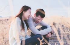Pasangan Suka Tebar Pesona, Bisa Timbulkan Perselingkuhan Lho, Ini 3 Alasannya - JPNN.com