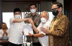 Arsjad Rasjid Resmi Mendaftar Sebagai Calon Ketum Kadin Indonesia - JPNN.com