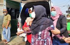 Makam Warga Buaran Meninggal Usai Divaksin AstraZeneca Dibongkar, Keluarga Menyayangkan 1 Hal - JPNN.com