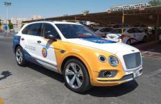 Wow, Sekolah Mengemudi Ini Gunakan Mobil Mewah, Ada Bentley dan Porche - JPNN.com