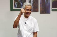 Menurut Asrinaldi, yang Dialami Ganjar Pranowo Mirip SBY - JPNN.com