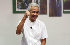 Survei Terbaru: Bandingkan Elektabilitas Ganjar Pranowo, Prabowo, Puan - JPNN.com