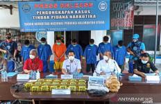 Transaksi 20 Kg Sabu-sabu dari Malaysia Dilakukan di Tengah Laut - JPNN.com
