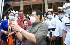 Sambangi Tabanan, Gus Menteri: BUMDes Kunci Pemulihan Ekonomi - JPNN.com
