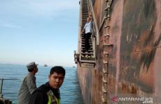 Kapal Tanker Asing Berbendara Iran dan Panama Tinggalkan Perairan Indonesia, Bebas - JPNN.com