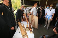 Sosialisasikan Desa Wisata, Sandiaga Uno Ajak Raffi Ahmad ke Cisarua - JPNN.com