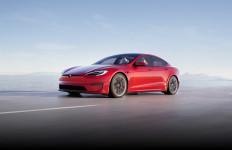 China Kembali Larang Masyarakat Mengendarai Mobil Tesla, Ada apa? - JPNN.com