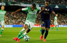 Barcelona Beli Kembali Bek Kanan asal Brasil, Sah! - JPNN.com
