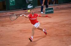 Roland Garros: Barty dan Nadal Lolos ke Babak Kedua, Laga Djokovic Bersejarah - JPNN.com