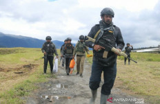Didatangi TNI-Polri, Teroris di Papua Lari Bersembunyi Hingga ada yang Tertembak - JPNN.com