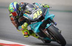 Rossi Tembus Q2 MotoGP Catalunya, Lihat Reaksi Timnya - JPNN.com