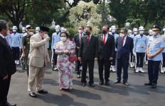 Prabowo Kian Mesra dengan Megawati, Kubu Habib Rizieq Merespons Seperti Ini - JPNN.com