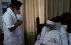 Jenderal (Purn) Moeldoko Menemui Tuan Guru Haji Turmudzi Badaruddin - JPNN.com