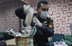 Bea Cukai Batam Menggagalkan Penyelundupan Benih Lobster Rp 1,3 M, Tersangka Masih Dikejar - JPNN.com