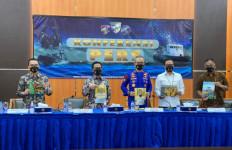 Pertamina Ganjar Polair Polri Penghargaan Atas Penangkapan Pencuri BBM di Tuban - JPNN.com