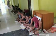 Pengepungan Desa Surulangun oleh Brimob Bersenjata Tak Sia-sia, Nih Hasilnya - JPNN.com