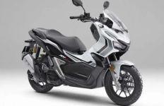 Honda ADV 150 Meluncur dengan Pilihan Warna Ross White, Hanya 1.000 Unit - JPNN.com