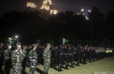 COVID-19 di Jakarta Alami Lonjakan Sangat Tinggi, Malam-malam Anies Apel Bersama Forkopimda - JPNN.com