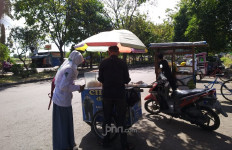 Penjual Cilok di Sidoarjo Kena Pungli, Begini Pengakuannya - JPNN.com