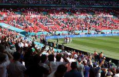 EURO 2020: Rekor Jude Bellingham Bisa Pecah di Tangan Kacper Kozlowski - JPNN.com