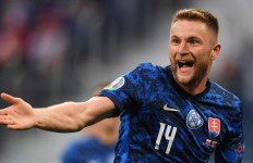 Bek Inter Milan Bawa Slovakia Ungguli Polandia - JPNN.com
