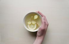 7 Manfaat Rebusan Air Jahe, Bisa Perangi Beberapa Penyakit Kronis Ini Lho - JPNN.com
