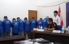 Bea Cukai Sulbagtara dan BNNP Sulut Menggagalkan Pengiriman Tembakau Gorila - JPNN.com