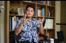 Pengamat: Hentikan Feodalisme Sistem Pendidikan di Indonesia - JPNN.com