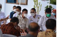 Politikus PKS Minta Pemegang Kendali Pupuk Bersubsidi Beri Penjelasan - JPNN.com