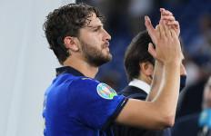 Italia vs Swiss: Manuel Locatelli Persembahkan Golnya untuk Keluarga dan Penggemar Italia - JPNN.com