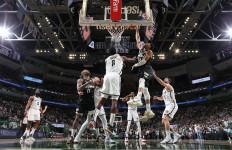 Lihat Betapa Galaknya Giannis di Gim ke-6 Duel Milwaukee Bucks Vs Brooklyn Nets - JPNN.com
