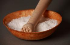 5 Manfaat Air Garam untuk Kesehatan yang Perlu Anda Ketahui - JPNN.com